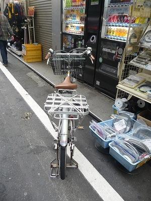 自転車の後ろ